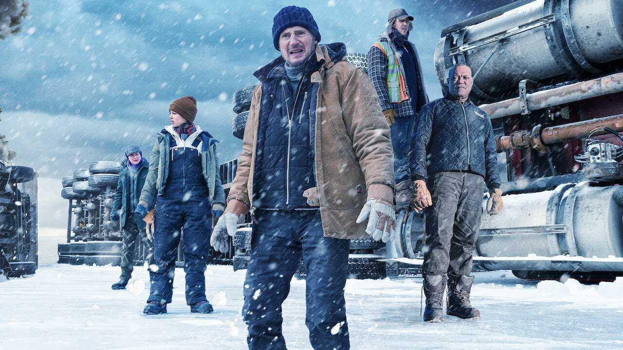 بررسی فیلم جاده یخی